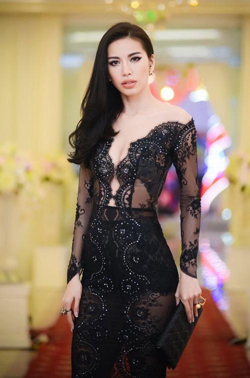 Váy áo 'hở mà không hư' của mỹ nhân Việt - 9