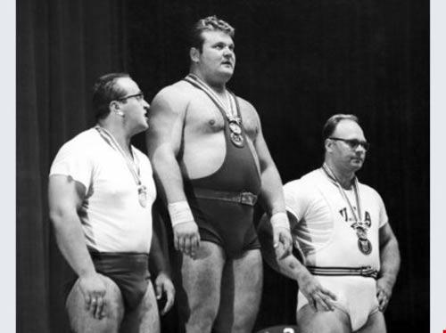 Huyền thoại vô địch Olympic của Liên Xô qua đời - 1