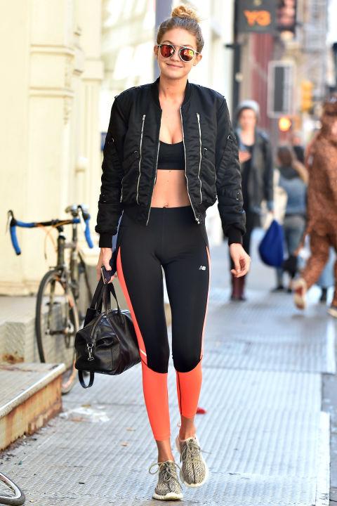 Học bộ đôi hot girl Hollywood cách mặc đồ tập ra phố - 6