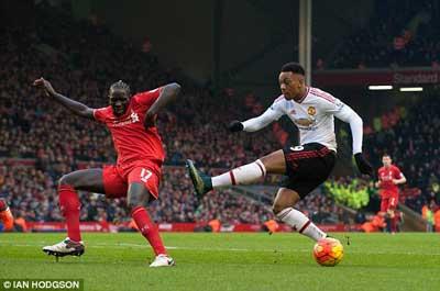 Chi tiết Liverpool - MU: Bàn thắng đến muộn (KT) - 8