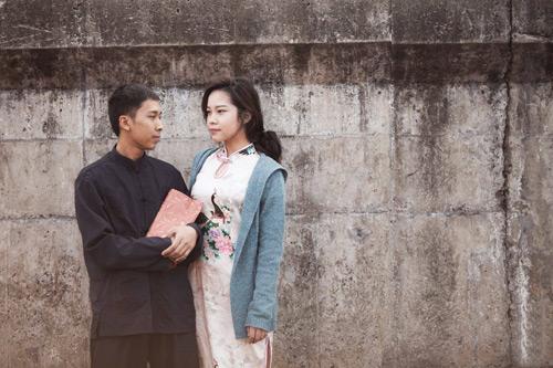 'Vợ chồng Diệp Vấn' ngao du trên phố Hà Nội - 7