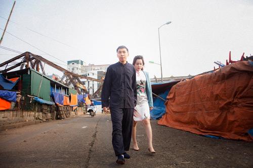 'Vợ chồng Diệp Vấn' ngao du trên phố Hà Nội - 8
