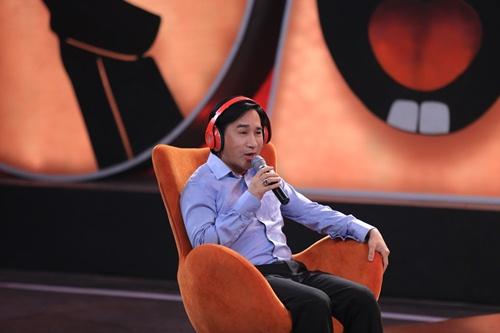 Kim Tử Long bối rối trước động tác hình thể của Việt Hương - 2