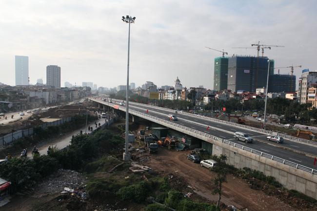 Cận cảnh đường 6.000 tỷ nối Cầu Giấy-Nhật Tân ở Hà Nội - 4