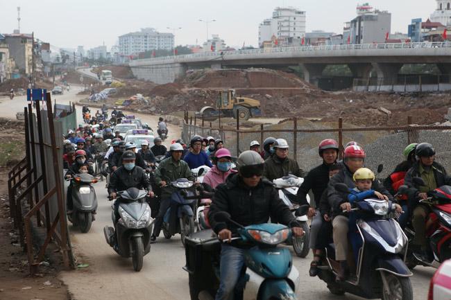 Cận cảnh đường 6.000 tỷ nối Cầu Giấy-Nhật Tân ở Hà Nội - 7