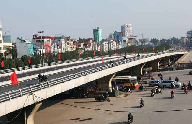 Cận cảnh đường 6.000 tỷ nối Cầu Giấy-Nhật Tân ở Hà Nội - 11