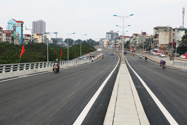 Cận cảnh đường 6.000 tỷ nối Cầu Giấy-Nhật Tân ở Hà Nội - 5