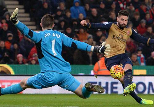 """Huyền thoại MU: """"Arsenal không xứng với vị trí số 1"""" - 1"""