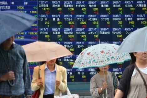 Chứng khoán châu Á đầu tuần thê thảm bằng mức 2011 - 1