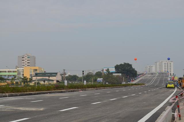 Ngắm cầu vượt thép lớn nhất Thủ đô trong ngày thông xe - 1