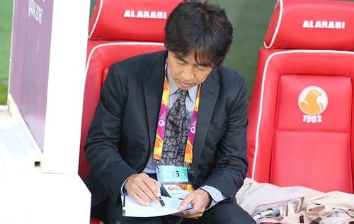 Báo Nhật tố HLV Miura chỉ thích thử nghiệm triết lý cá nhân - 1