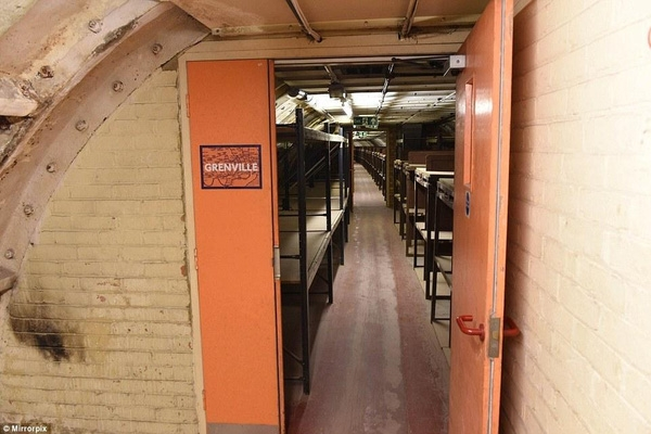 """Hé lộ """"đường hầm chiến tranh"""" bí mật ở London - 4"""