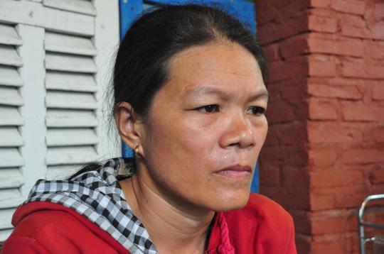 Vụ HS uống thuốc diệt cỏ: Gia đình nhờ luật sư hỗ trợ - 2
