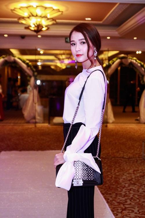 Thúy Hạnh 'đụng' phong cách với cô dâu Trang Nhung - 6