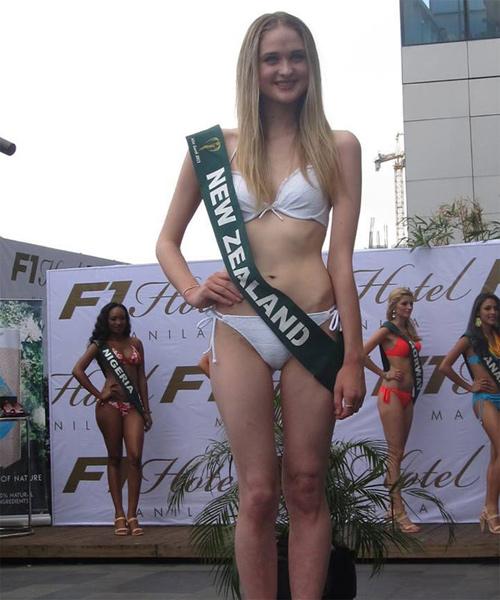 Hoa hậu New Zealand ăn hàng cân bánh, bơ vẫn thon gọn - 10