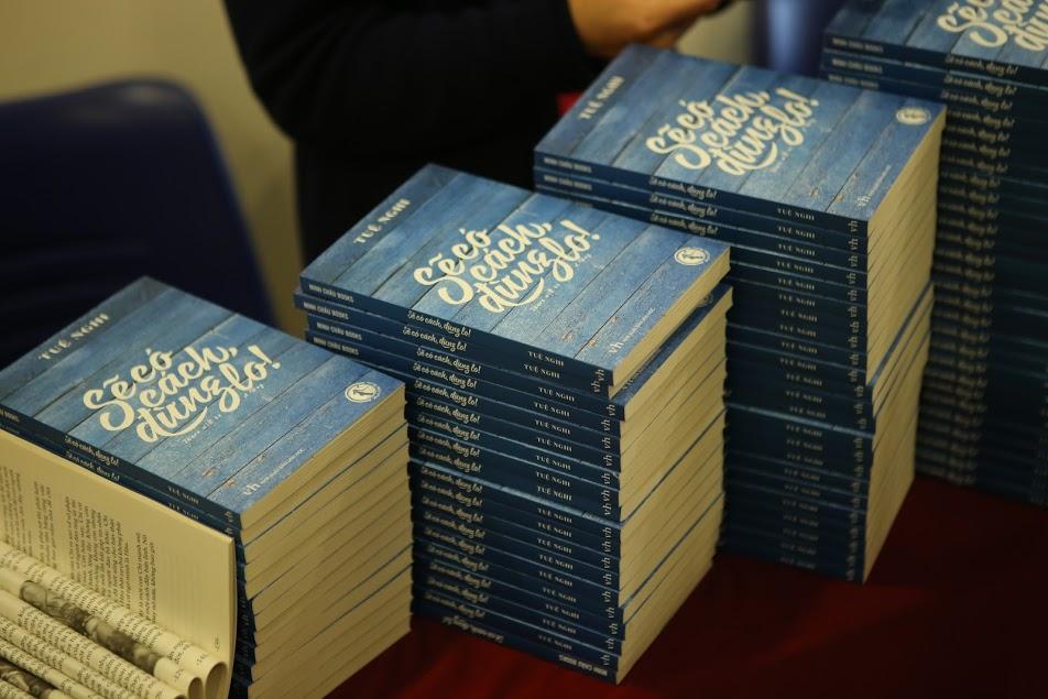 Nữ doanh nhân Tuệ Nghi ra mắt sách 'Sẽ có cách, đừng lo' - 1