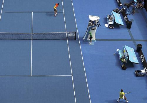 Hot shot: Nadal chạy như Usain Bolt cứu bóng - 1