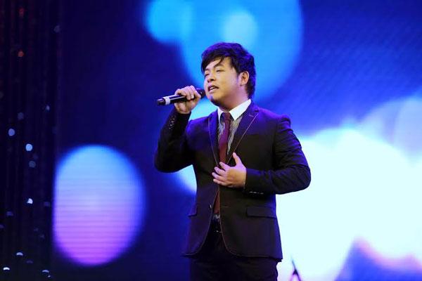 Quang Lê 'đòi' song ca 'Vợ người ta' với Phan Mạnh Quỳnh - 1