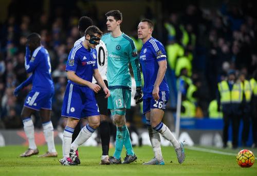 Chelsea: Chỉ có Hiddink là người thức thời - 2