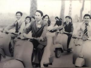 Bạn trẻ - Cuộc sống - Xôn xao màn rước dâu 'đại gia và hot girl' từ năm 1981