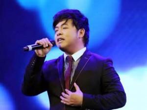 Quang Lê 'đòi' song ca 'Vợ người ta' với Phan Mạnh Quỳnh