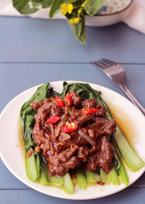Thịt bò sốt bí ngô, sa tế nóng hổi bữa cơm ngày lạnh - 3