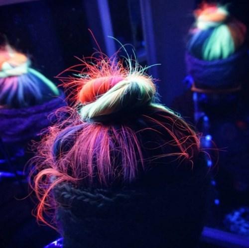 Giới trẻ toàn cầu đua nhau nhuộm tóc phát sáng - 2