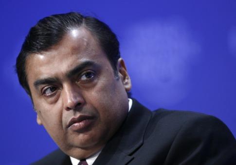 """Tỷ phú Ấn Độ """"tiền đầy túi"""" dù giá dầu giảm - 1"""