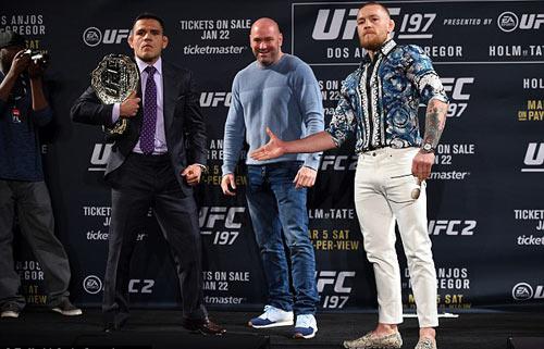 """Nổ tung trời: """"Gã điên UFC"""" muốn vô địch 3 hạng cân - 1"""