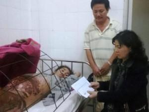 Bạn trẻ - Cuộc sống - Người mẹ mang thai bỏng nặng vì ngã vào chảo dầu
