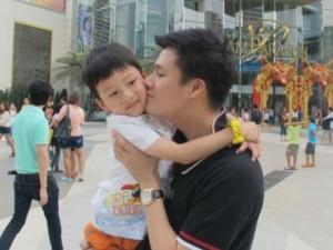 Đời sống Showbiz - Cuộc sống buồn sau đổ vỡ hôn nhân của sao nam Việt