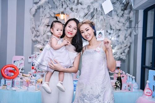 Maya mặc đồ đôi cùng con gái trong ngày sinh nhật - 9