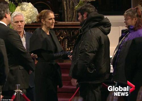 Celine Dion đẫm nước mắt trong đám tang chồng - 4