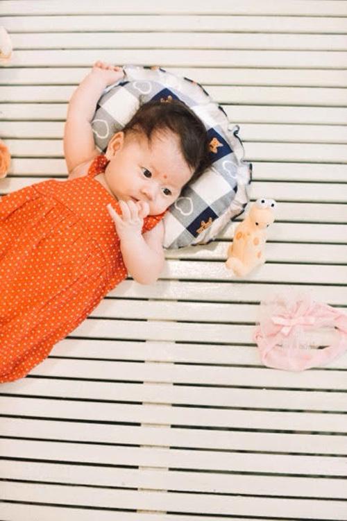 Trang Trần hé lộ những cực khổ khi chăm con một mình - 7