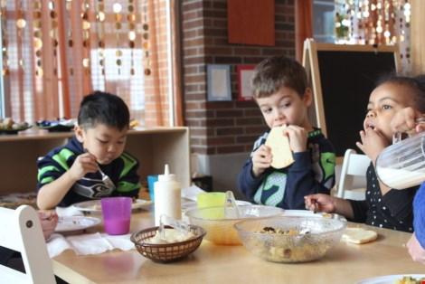 Trường mẫu giáo dạy tiếng Việt đầu tiên ở Seattle, Mỹ - 2
