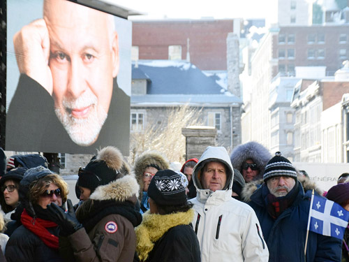 Celine Dion nghẹn ngào cảm ơn fan đến tiễn biệt chồng - 2