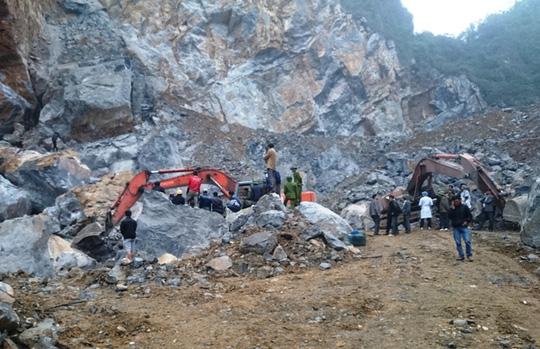 Đã có 5 người chết trong vụ sập mỏ đá ở Thanh Hóa - 1
