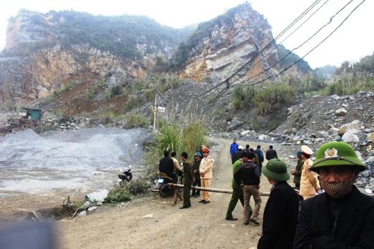 Đã có 5 người chết trong vụ sập mỏ đá ở Thanh Hóa - 3