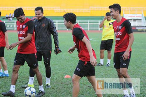"""""""Chelsea Việt Nam"""" so tài CLB hàng đầu Thái Lan - 5"""