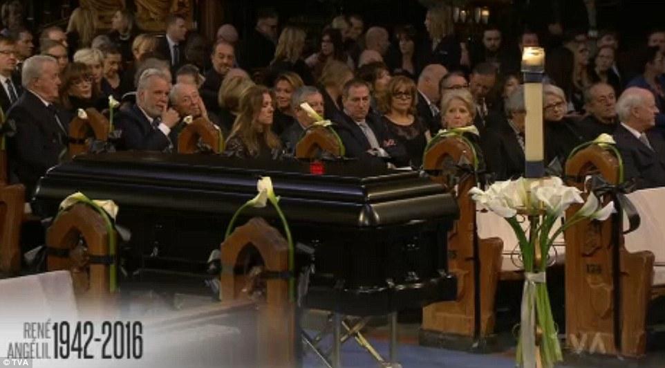 Celine Dion tháo nhẫn cưới, rơi lệ vĩnh biệt chồng - 7