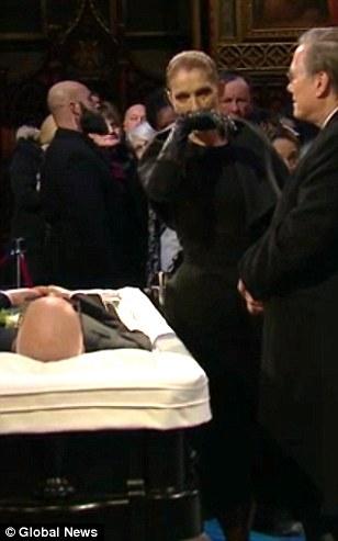 Celine Dion tháo nhẫn cưới, rơi lệ vĩnh biệt chồng - 5