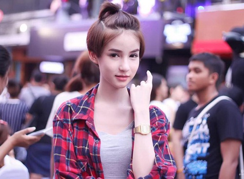 'Mỹ nhân chuyển giới' Thái Lan đẹp đến khó tin - 2