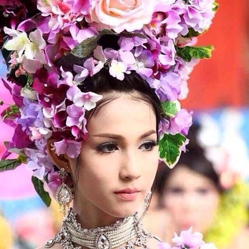 'Mỹ nhân chuyển giới' Thái Lan đẹp đến khó tin - 8
