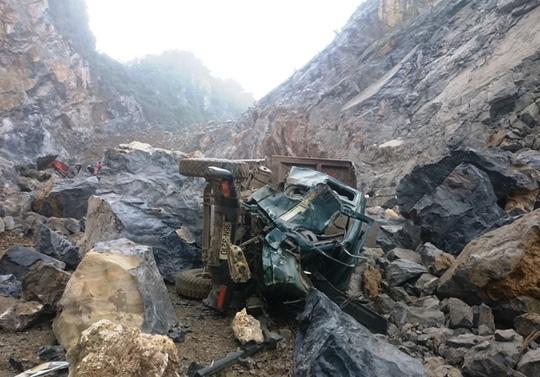 Nạn nhân thứ 6 tử vong trong vụ sập mỏ đá ở Thanh Hóa - 4