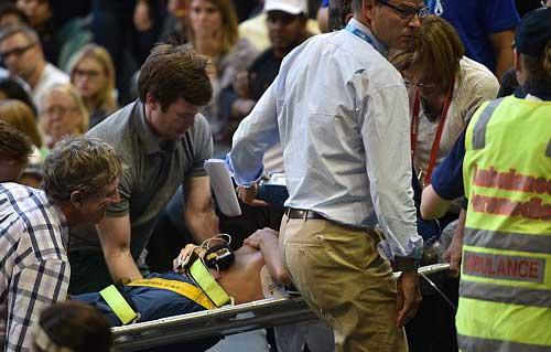 Australian Open ngày 6: Bố vợ Murray ngất xỉu, Ivanovic hoảng hồn - 1