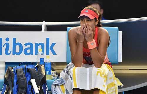 Australian Open ngày 6: Bố vợ Murray ngất xỉu, Ivanovic hoảng hồn - 4