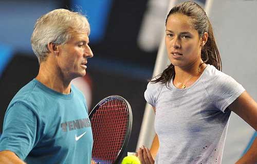 Australian Open ngày 6: Bố vợ Murray ngất xỉu, Ivanovic hoảng hồn - 6