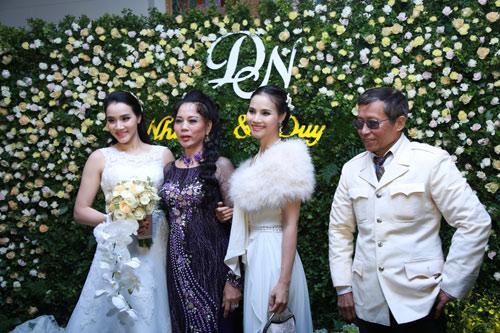 Trang Nhung quyến rũ trong tiệc cưới ngày đông Hà Nội - 2