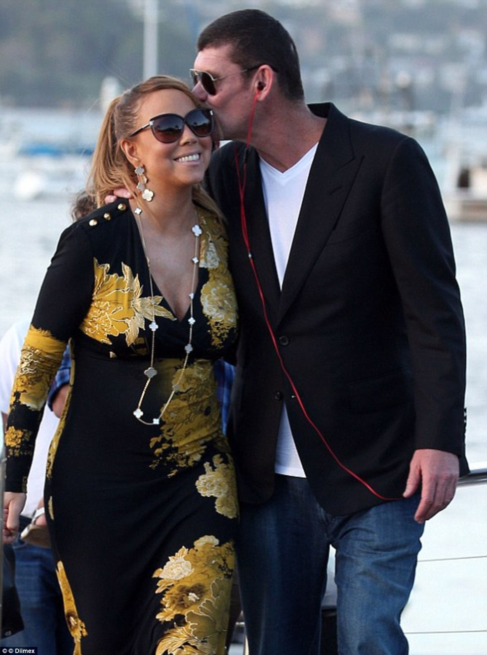 Mariah Carey khoe nhẫn đính hôn 165 tỷ đồng - 6