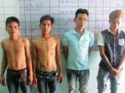 An ninh Xã hội - Bốn thanh niên hiếp dâm thiếu nữ bị công an bắt tại trận
